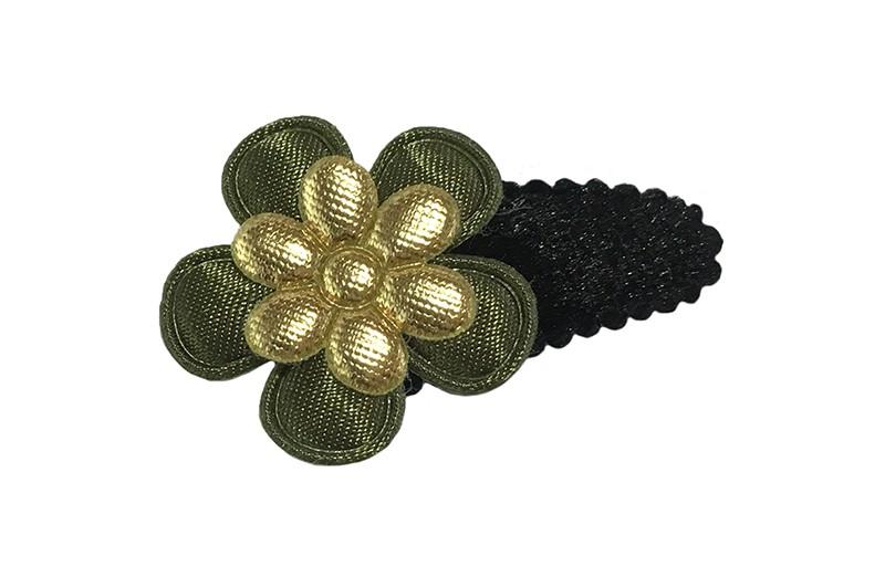 Leuk fluffie zwart baby peuter haarspeldje.  Met een effen legergroen bloemetje en een goud glanzend bloemetje.