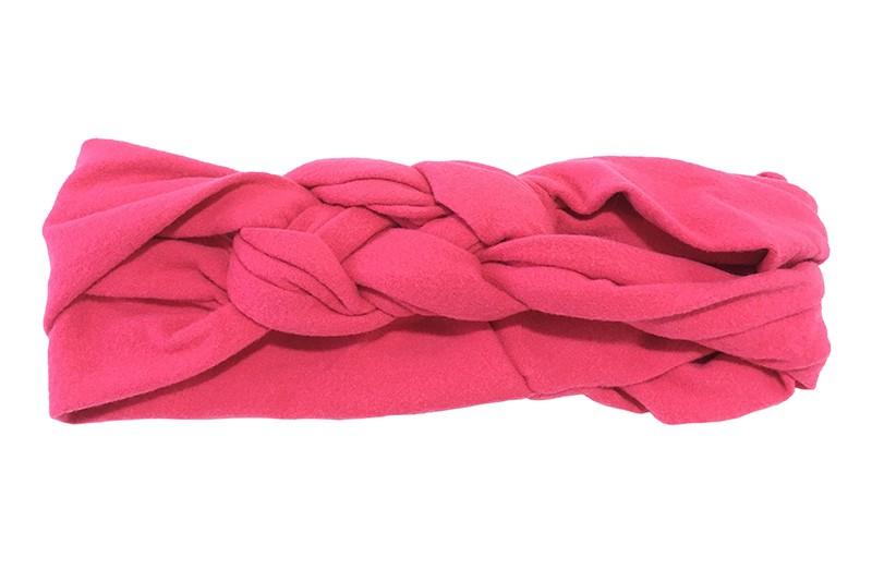 Leuk effen fuchsia roze baby peuter haarbandje. In een leuk dubbel in elkaar geknoopt modelletje. Van zachte rekbare stof.  De breedte van het haarbandje is ongeveer 5.5 centimeter.
