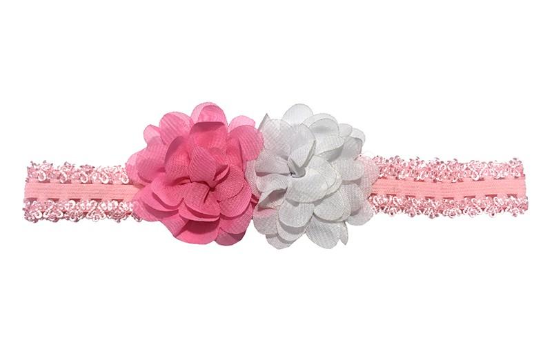 Vrolijk licht roze kantlook baby peuter haarbandje van goed rekbaar elastiek. Met daarop 2 chiffon bloemetjes, fuchsia roze en wit.  Niet uitgerekt, is de omtrek van het haarbandje ongeveer 40 centimeter. Het haarbandje is ongeveer 2 centimeter breed.  De chiffon bloemetjes zijn ongeveer 5 centimeter.
