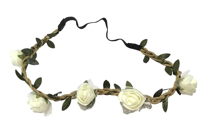 Vrolijk bloemenhaarbandje van gevlochten koort en een elastische gedeelte.  Met kleine groene blaadjes meegevlochten.  Op het bandje zitten 5 kleine creme kleurige roosjes met onder elk roosje een stukje tulestof. De tint creme kan iets lichter zijn.  Leuk feestelijk haarbandje!