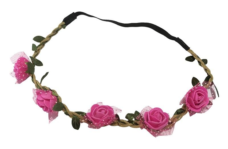Vrolijk bloemenhaarbandje van gevlochten koort en een elastische gedeelte.  Met kleine groene blaadjes meegevlochten.  Op het bandje zitten 5 kleine fuchsia roze roosjes met onder elk roosje een stukje tulestof. Leuk feestelijk haarbandje!