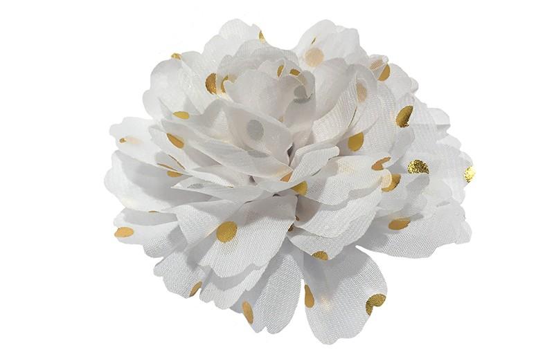 Vrolijke grote witte haarbloem van chiffon met gouden stipjes.  Op een alligator knip van ongeveer 5 centimeter bekleed met wit lint.