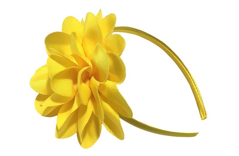 Vrolijke gele meisjes diadeem met een grote gele bloem.