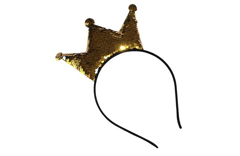 Vrolijke zwarte meisjes diadeem. Met goud omkeerbare pailletten kroontje.  Pailletjes zijn van goud om te keren naar zilver.  Het kroontje is ongeveer 14 centimeter breed en 7 centimeter hoog.  Aan de achterkant van het kroontje zitten geen pailletjes maar effen gele kleur.