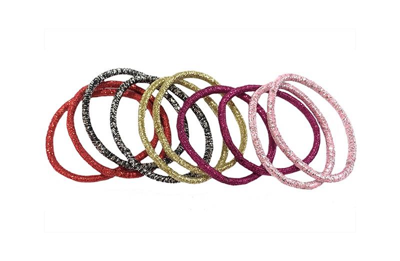 Handig setje van 10 glitter elastiekjes in verschillen kleurtjes: roze, goud, rood, lichtroze, zilvergrijs.