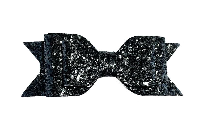 Mooie zwarte glitter haarstrik. In een leuke 3 laagse look.  Op een gebogen haarspeld. De haarspeld, het gedeelte dat in het haar vast klikt, is ongeveer 5 centimeter.