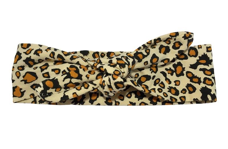 Leuk zand kleurig, bruin baby peuter kleuter haarbandje. Met vrolijk luipaard printje.  Het haarbandje is van zachte rekbare stof en heeft een vrolijk dessin, dierenprintje. Het haarbandje is makkelijk zelf te knopen, zo kun je lang plezier hebben van dit leuke haarbandje.  De breedte van het haarbandje is ongeveer 4,5 centimeter.