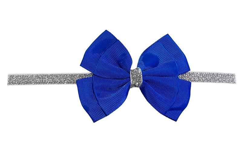 Schattig zilver glitter baby peuter meisjes haarbandje met mooie grote dubbel geknoopte kobalt blauwe strik.  Het haarbandje is van goed rekbaar elastiek, geschikt voor baby meisjes en peuter meisjes tot en met ongeveer 3 jaar.  Niet uitgerekt is de omtrek van het haarbandje ongeveer 36 cm.
