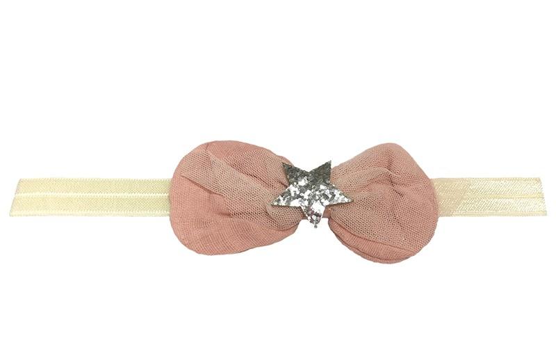 Schattig creme kleurig baby, peuter haarbandje. Met een grote oud roze, stoffen strik. En een zilver grijs glisterend  sterretje. Niet uitgerekt, is het haarbandje ongeveer 18,5 centimeter.