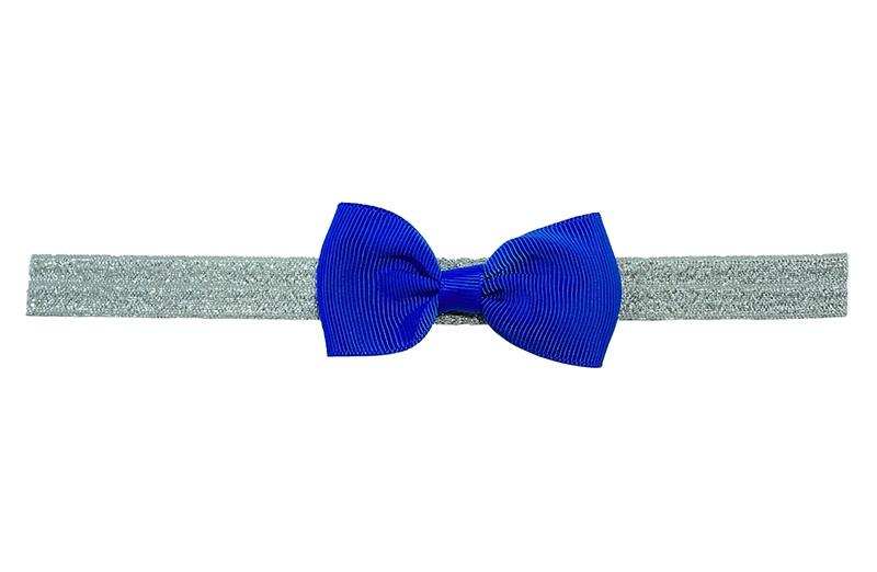 Vrolijk zilver grijspeuter kleuter haarbandje met een kobalt blauw strikje van lint.  Het haarbandje is van rekbaar elastiek, geschikt tot en met ongeveer 3 a 4 jaar.