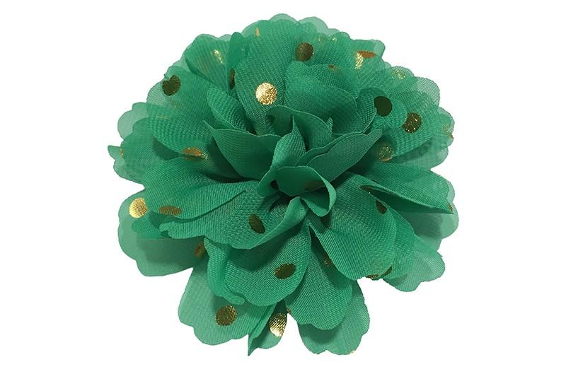 Vrolijke grote donker groene haarbloem van chiffon met gouden stipjes.  Op een alligator knip van ongeveer 5 centimeter bekleed met groen lint.