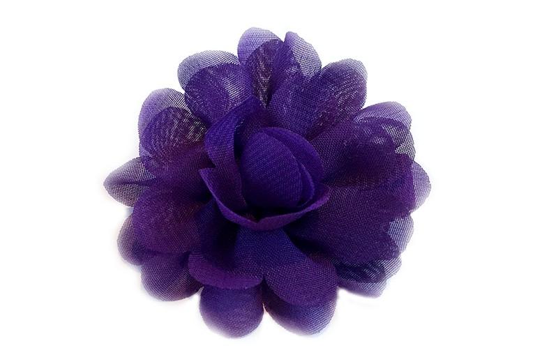 Leuke haarknip met paarse chiffon bloem. De haarknip is bekleed met paars lint. Vrolijk speldje voor kleine meisjes en grotere meisjes.