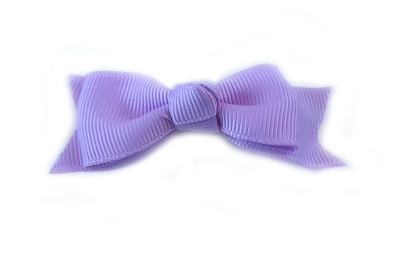 Mooie enkele haarstrik van lila lint op een alligator knipje. Leuk voor kleine meisjes en grotere meisjes.