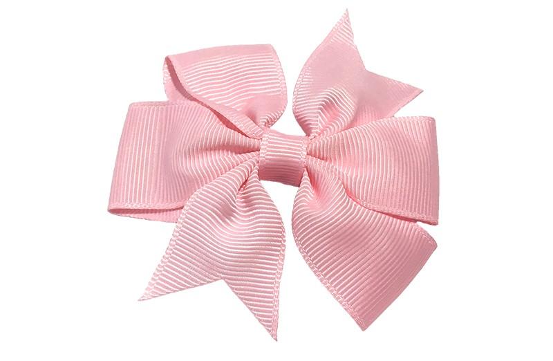 Mooi! Grote licht roze / baby roze haarstrik op een alligator speldje makkelijk in het haar te zetten.