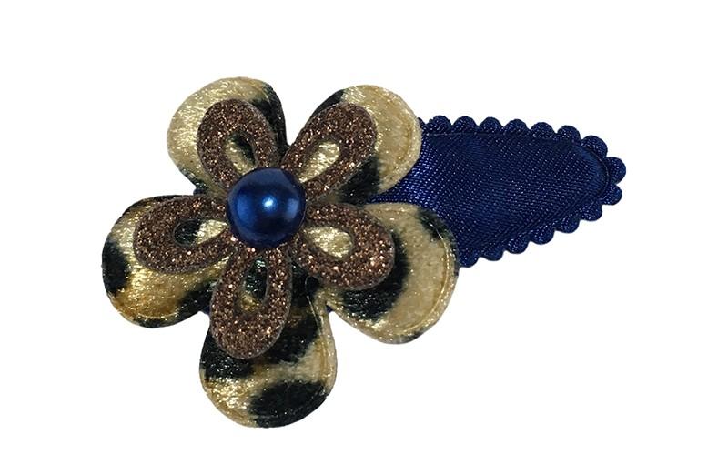 leuk effen donkerblauw peuter meisjes haarspeldje.  Met een bruin bloemetje in panterprint, een bruin glitter bloemetje en een donkerblauw pareltje.