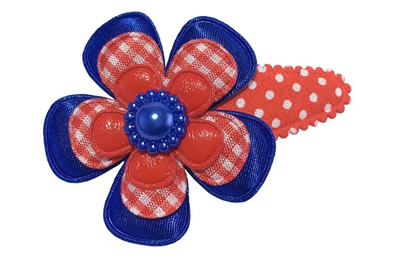 Leuk rood gestippeld peuter kleuter haarspeldje. Met een kobalt blauwe bloem, een rood geruit bloemetje en een effen rood bloemetje.  Afgewerkt met een mooie kobalt blauwe parel.