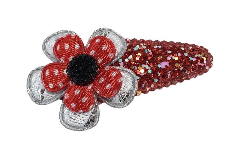 Vrolijk rood peuter kleuter haarspeldje met kleine glittertjes.  Met een zilver bloemetje in kantlook, een rood bloemetje met witte stippeltjes en een klein donker pareltje.