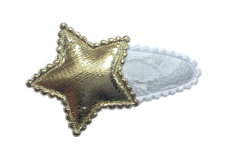 Mooi wit haarspeldje met kantlook. Met een glanzende gouden ster.