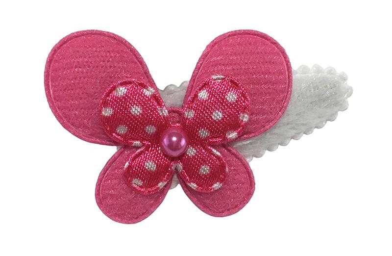 Lief wit fluffie peuter haarspeldje met een effen fuchsia roze vlinder en een gestippeld roze vlindertje. Afgewerkt met een klein roze pareltje.