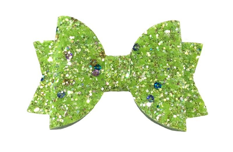 Vrolijke licht groene glitter haarstrik.  Met kleine zilveren pailletjes voor een extra sprankelend detail.  In een mooie dubbellaagse look.  Op een handig alligatorknipje van ongeveer 4.5 centimeter.