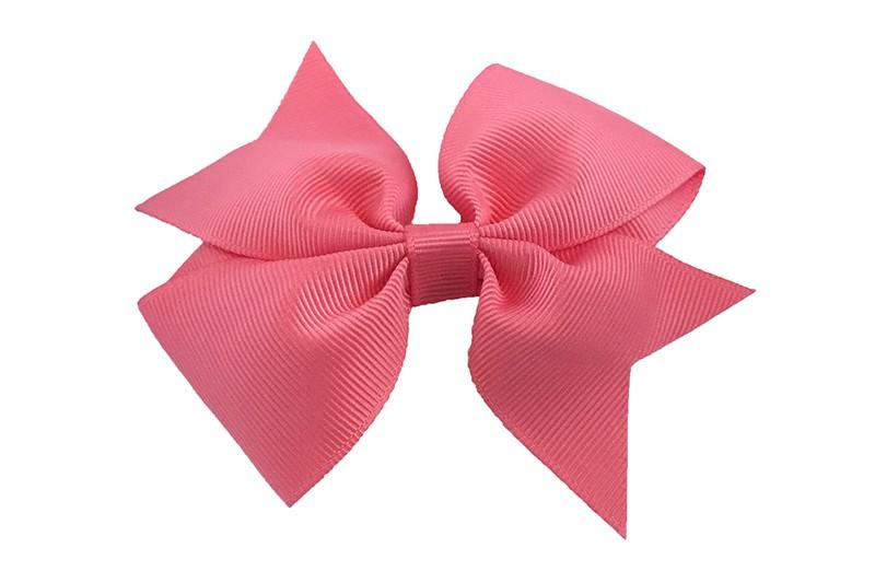 Leuke enkele haarstrik in koraal roze kleur op alligator knip  Leuk voor zowel jonge meisjes als oudere meisjes.