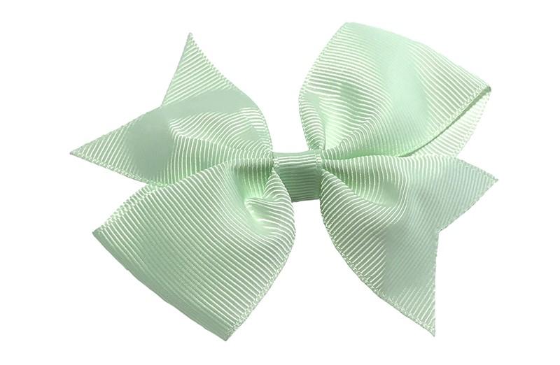Leuke enkele haarstrik in mint groene kleur op alligator knip  Leuk voor zowel jonge meisjes als oudere meisjes.
