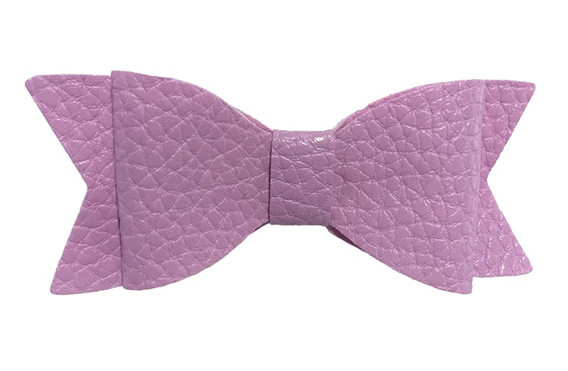 Leuk lila paars meisjes leer haarstrikje. Op een alligatorknip bekleed met lila paars lint.