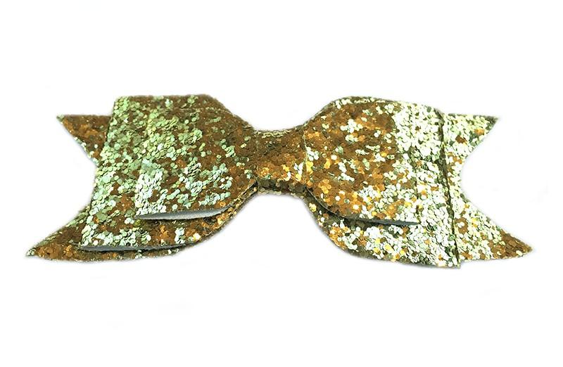 Mooie goudkleurige glitter haarstrik. Op een gebogen haarspeld. De haarspeld, het gedeelte dat in het haar vast klikt, is ongeveer 5 centimeter.