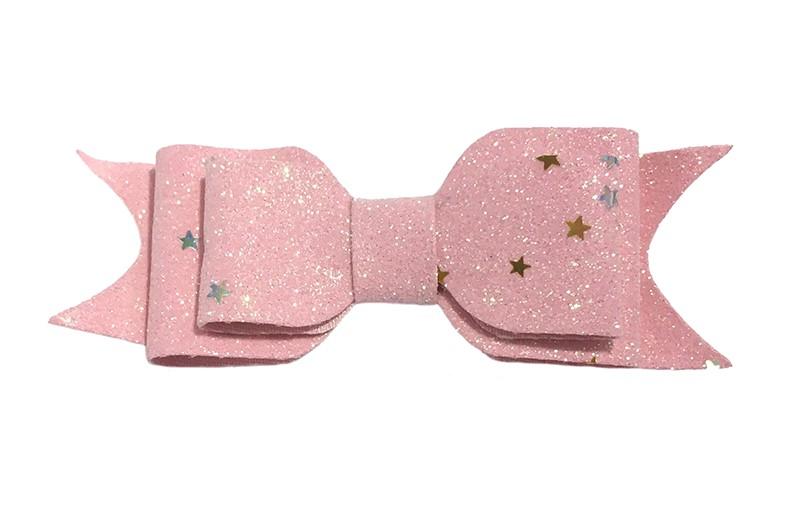 Vrolijke roze glitter haarstrik, middelgroot. Met hier en daar een glinsterend sterretje. Voor peuter, kleuter meisjes. Op een handig alligator knipje van 4.5 centimeter.