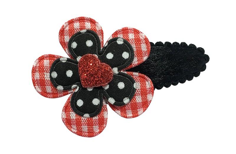 Vrolijk fluffie zwart peuter haarspeldje.  Met een rood wit geruit bloemetje, een zwart gestippeld bloemetje en een mini klein rood glitter hartje.