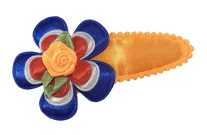 Nieuw in de koningsdag collectie!  Vrolijk effen oranje peuter kleuter haarspeldje.  Met een blauw bloemetje, wit bloemetje, rood bloemetje en een oranje roosje.