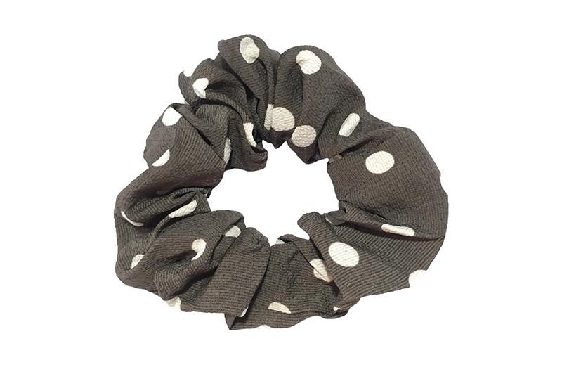 Vrolijke stoffen meiden dames scrunchie. Van dunne grijze stof met witte stippels.