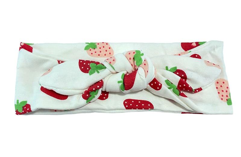 Vrolijk creme wit baby peuter kleuter haarbandje. Met roze rode aardbei dessin.  Van zachte rekbare stof. Dit haarbandje is makkelijk zelf te knopen, daardoor kun je lang plezier hebben van dit leuke haarbandje.  Het haarbandje is ongeveer 6 centimeter breed.