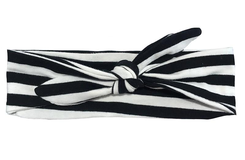 Vrolijk zwart wit gestreept baby peuter kleuter haarbandje.  Van zachte rekbare stof. Dit haarbandje is makkelijk zelf te knopen, daardoor kun je lang plezier hebben van dit leuke haarbandje.  Het haarbandje is ongeveer 6 centimeter breed.
