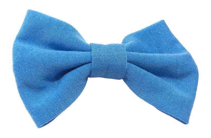 Leuke blauwe zacht stoffen haarstrik. De strik is ongeveer 9 centimeter breed. Op een handige alligatorknip van 4.5 centimeter.