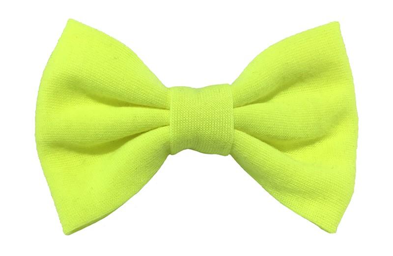 Leuke neon gele zacht stoffen haarstrik. De strik is ongeveer 9 centimeter breed. Op een handige alligatorknip van 4.5 centimeter.