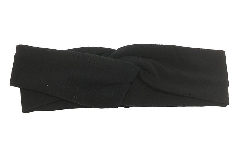 Leuk zwart stoffen baby peuter meisjes haarbandje.  Dit haarbandje is leuk in elkaar gedraaid in een 'twist' model. Van zachte goed rekbare stof.  Geschikt voor baby en peuter meisjes, tot ongeveer 4 jaar.  Het haarbandje is ongeveer 5 centimeter breed.