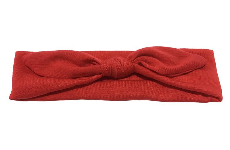 Lief effen rood baby peuter haarbandje van zachte rekbare stof. In een leuk modelletje geknoopt.  Het haarbandje is ongeveer 5 centimeter breed.