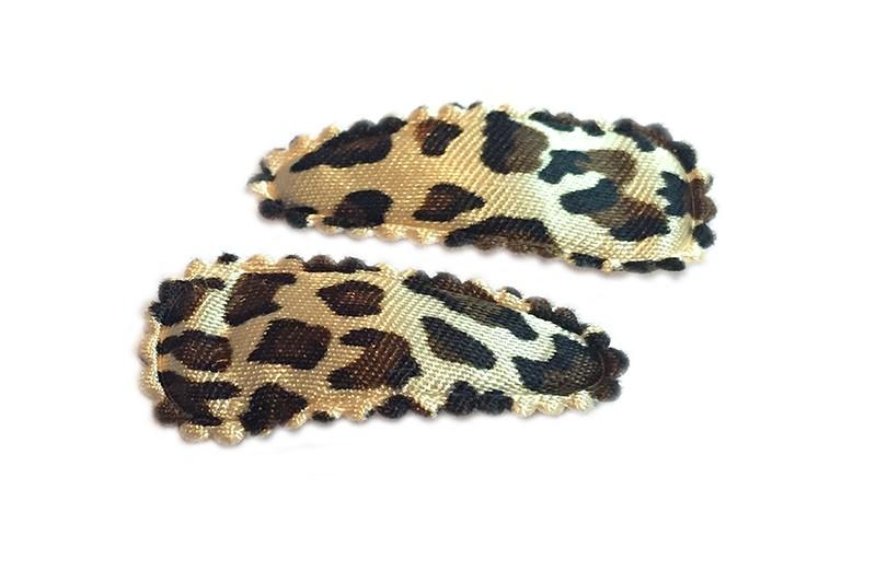 Leuk setje van 2 bruine baby haarspeldjes met luipaard printje.