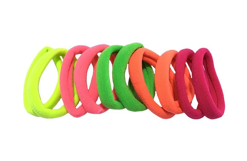 Handig setje van 10 verschillende middelgrote haarelastiekjes. 2 van iedere kleur: geel, koraalroze, groen, fel oranje, roze.