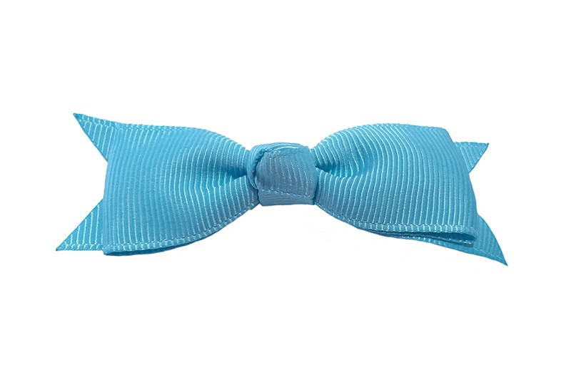 Mooi haarstrikje van fel licht blauw lint op een handig alligatorknipje. Leuk voor kleine meisjes en grotere meisjes.